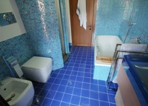 Interno ristrutturato bagno